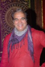 Surendra Pal at life ok new serial devon kedev mahadev shoot in Naigaon on 18th May 2012 (106).JPG