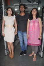 Devshi Khanduri at Physemo Fitness Studios in Kotia Nirman, Behind Fun Republic, Andheri on 18th May 2012 (69).JPG