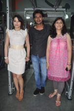 Devshi Khanduri at Physemo Fitness Studios in Kotia Nirman, Behind Fun Republic, Andheri on 18th May 2012 (71).JPG