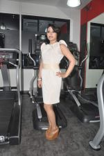 Devshi Khanduri at Physemo Fitness Studios in Kotia Nirman, Behind Fun Republic, Andheri on 18th May 2012 (84).JPG