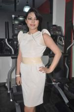 Devshi Khanduri at Physemo Fitness Studios in Kotia Nirman, Behind Fun Republic, Andheri on 18th May 2012 (85).JPG