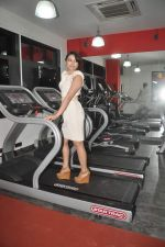 Devshi Khanduri at Physemo Fitness Studios in Kotia Nirman, Behind Fun Republic, Andheri on 18th May 2012 (94).JPG