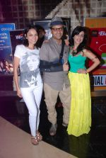 Ash Chandler, Seema Rahmani, Shibani Kashyap at Love Wrinkle Free film screening in PVR, Mumbai on 22nd May 2012 (48).JPG