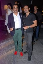 Manav Goyal at Architect Manav Goyal cover success party in Four Seasons on 24th May 2012 (148).JPG