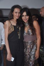 Nisha Jamwal, Dipannita Sharma at Nisha Jamwal_s birthday bash on 24th May 2012 (72).JPG