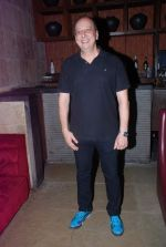 Sohrab Ardeshir at Love Wrinkle Free bash in Shiro, Mumbai on 23rd May 2012 (24).JPG