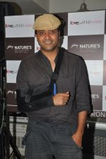 Ash Chandler wih Love Wrinkle Free cast at Nature Basket cooking session in Juhu, Mumbai on 1st June 2012 (17).JPG