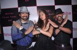 Anusha Dandekar, Ranvijay Singh at Anusha Dandekar album launch in Tryst, Mumbai on 5th June 2012 (32).JPG