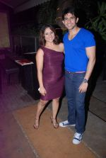 Sai Deodhar, Hussain Kuwajerwala at Shrabani Deodhar_s birthday bash in Fat Cat Cafe on 6th June 2012 (45).JPG