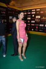 Andrea Jeremiah at the IIFA Rocks Red Carpet on 8th June 2012 (9).JPG
