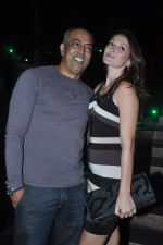 Dina Umarova, Vindu Dara Singh at Strings Concert in Bandra, Mumbai on 10th June 2012 (59).JPG