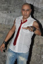 Baba Sehgal on location of the video shoot for his upcoming single release Mumbai City (7).JPG