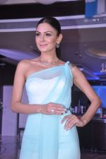 Aanchal Kumar at Tanishq launches Ganga collection in Andheri, Mumbai on 19th June 2012 (31).JPG