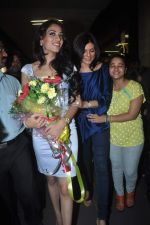 Sushmita Sen with I am She girl Himangini Singh wins Miss Asia Pacific World title and returns to Mumbai in International Airport on 21st June 2012 (43).JPG