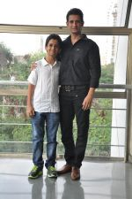 Sharman Joshi,Ritvik Sahore  at Ferrari Ki Sawaari Kids Spl Screening in Mumbai on 24th June 2012 (83).JPG