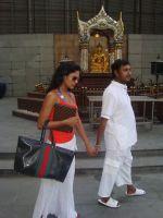 Veena Malik With Hemant Madhukar Romance (6).jpg