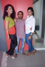 Ruhi Chaturvedi, Pitobash Tripathy, Gamya Wijayadasa at Alaap film interviews in Andheri, Mumbai on 27th June 2012 (26).JPG