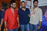 Abhishek Bachchan, Rohit Shetty, Ajay Devgan promote film Bol Bachchan on the sets of Taarak Mehta Ka Ooltah Chashmah in Andheri, Mumbai on 28th June 2012 (90).JPG