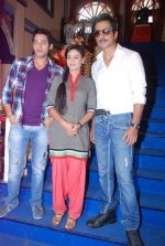 Sonu Sood, Rati Pandey,Sumit Vats on the sets of Hitler Didi in Filmcity, Mumbai on 28th June 2012 (42).JPG