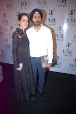 Dalbir Singh, Chanya Kaur at the launch of Pure Concept in Mumbai on 29th June 2012 (73).JPG