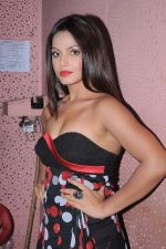Neetu Chandra at Tassel show of INIFD Andheri branch in St Andrews on 29th June 2012 (7).JPG