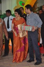 Vyjayanthimala at Esha Deol_s wedding in Iskcon Temple on 29th June 2012 (37).JPG
