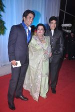Tusshar Kapoor, Jeetendra, Shobha Kapoor at Esha Deol_s wedding reception in five-star hotel,Mumbai on 30th June 2012 (144).JPG