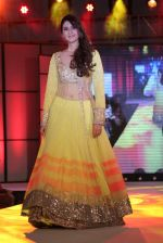 at Pidilite presents Manish Malhotra, Shaina NC show for CPAA in Mumbai on 1st July 2012 (174).JPG