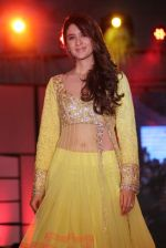 at Pidilite presents Manish Malhotra, Shaina NC show for CPAA in Mumbai on 1st July 2012 (175).JPG