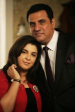Farah Khan, Boman Irani in the still from movie Shirin Farhad Ki Toh Nikal Padi (14).jpg