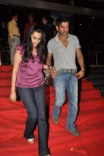 Sunil Shetty, Mana Shetty at the special screening of Bol Bachchan in Cinemax, Mumbai on 5th July 2012 (75).JPG