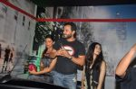 Deepika Padukone, Saif Ali Khan, Diana Penty at the Cocktail bash in Santacruz, Mumbai on 6th July 2012 (64).JPG