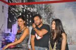 Deepika Padukone, Saif Ali Khan, Diana Penty at the Cocktail bash in Santacruz, Mumbai on 6th July 2012 (73).JPG