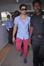 Kunal Khemu at Go Goa Gone film promotions in association with Volkswagen on 6th July 2012 (28).JPG