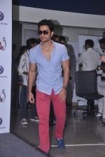 Kunal Khemu at Go Goa Gone film promotions in association with Volkswagen on 6th July 2012 (30).JPG