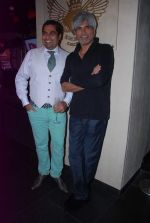 Shailendra Singh at DJ magazine launch in F Bar on 6th July 2012 (80).JPG