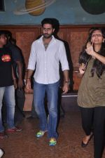 Abhishek Bachchan meets fans to promote Bol Bachchan in Gaeity, Mumbai on 7th July 2012 (19).JPG