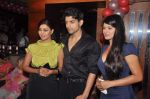 Kratika Sengar, Debina and Gurmeet Chaudhary at Punar Vivah serial success party in Mumbai on 7th July 2012 (37).JPG