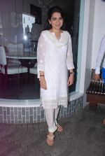 Shaina NC at Nana Chudasma_s Save Mumbai foundation in Churchgate, Mumbai on 8th July 2012 (26).JPG