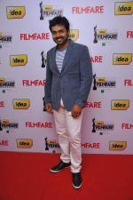 Karthi at the Red Carpet of _59th !dea Filmfare Awards 2011_ (South) on 8th July at Jawaharlal Nehru indoor stadium, Chennai..jpg