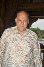 Alok Nath at Yahan Main Ghar Ghar Kheli 700 episodes celebrations in Filmcity, Mumbai on 10th July 2012 (114).JPG