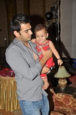 Karan Grover at Yahan Main Ghar Ghar Kheli 700 episodes celebrations in Filmcity, Mumbai on 10th July 2012 (107).JPG