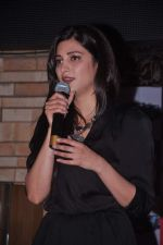 Shruti Hassan at MTV Rush press meet in Red Ant Cafe, Mumbai on 10th July 2012 (32).JPG