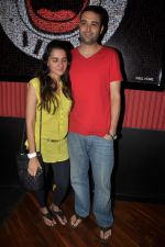 Shruti Seth at Ash Chandler_s play premiere in Comedy Store, Mumbai on 11th July 2012 (19).JPG