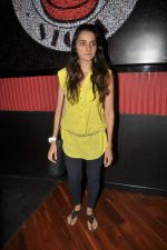 Shruti Seth at Ash Chandler_s play premiere in Comedy Store, Mumbai on 11th July 2012 (20).JPG