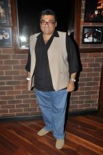 at Ash Chandler_s play premiere in Comedy Store, Mumbai on 11th July 2012 (51).JPG
