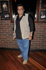 at Ash Chandler_s play premiere in Comedy Store, Mumbai on 11th July 2012 (52).JPG