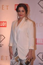 Simone Singh at the Moet N Chandon bash at F bar in Mumbai on 12th July 2012 (272).JPG