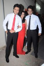 Tusshar Kapoor, Ekta Kapoor, Riteish Deshmukh at the Promotion of Kyaa Super Kool Hain Hum in Mumbai on 13th July 2012 (4).JPG
