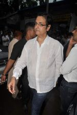 at Dara Singh_s prayer meet in Andheri, Mumbai on 15th July 2012 (88).JPG